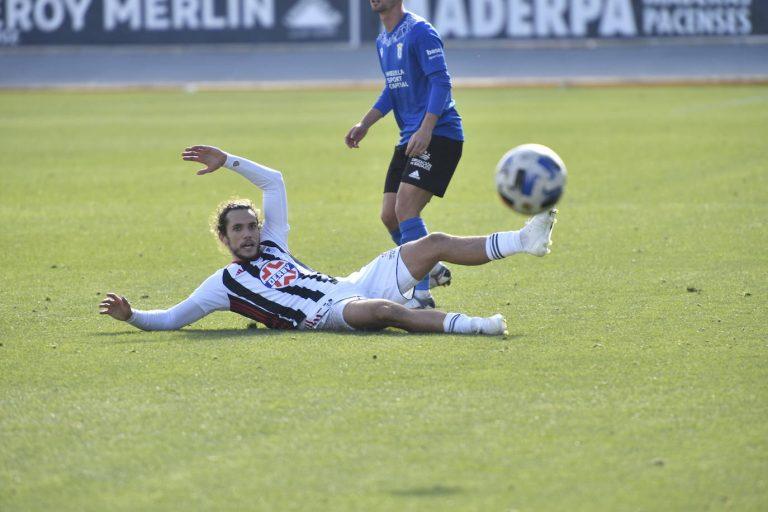 Badajoz 2 Melilla 0