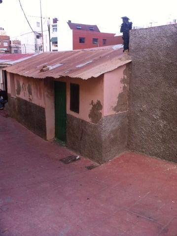 Calle Melilla 6