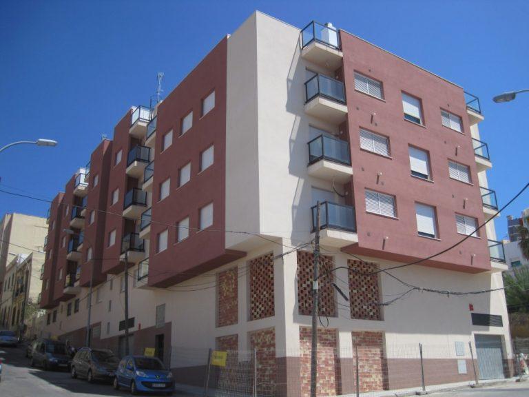 Calle Melilla 8